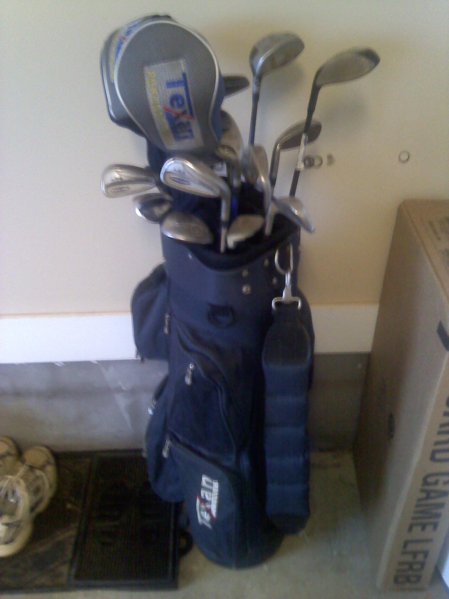 Set Of Texan Classic Golf Clubs