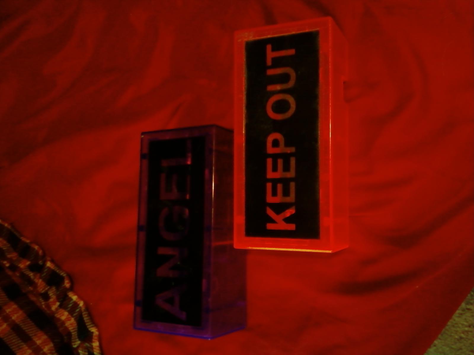Kids bedroomroom door light ups- see description below
