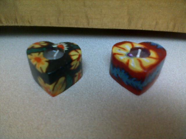 2 handmade heart candles