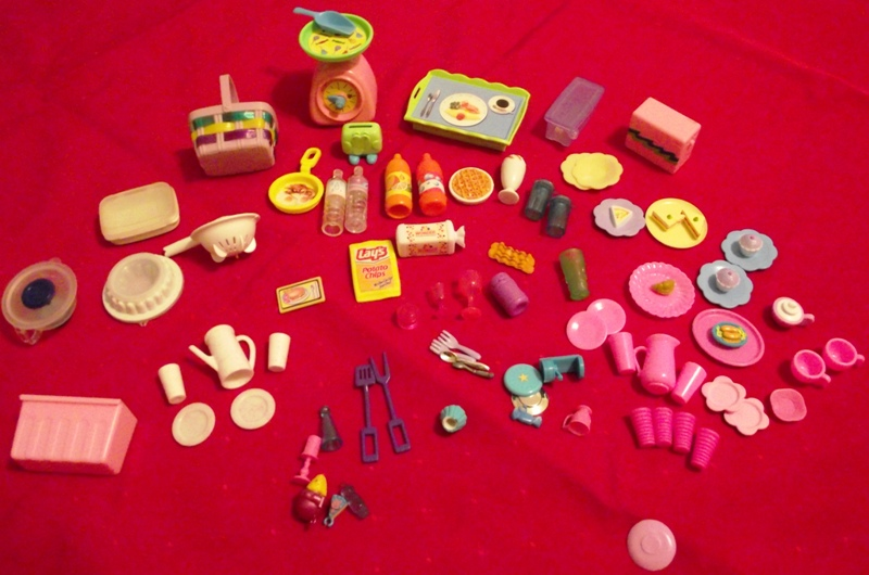 Lot: Barbie 80pc Kitchen Accessories