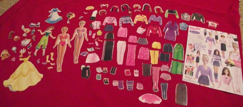 Barbie & Princess Bell Dress-Up Magnet Set