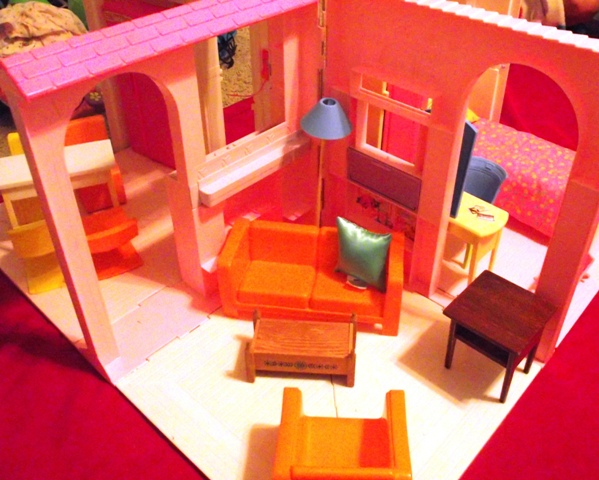 Barbie Foldable House with Furniture