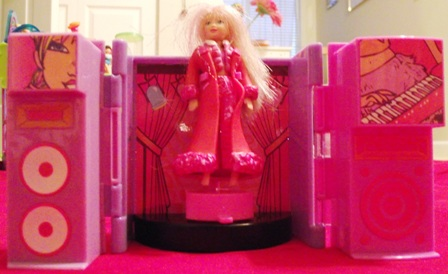 Polly Pocket foldable stage with Polly Pocket Doll