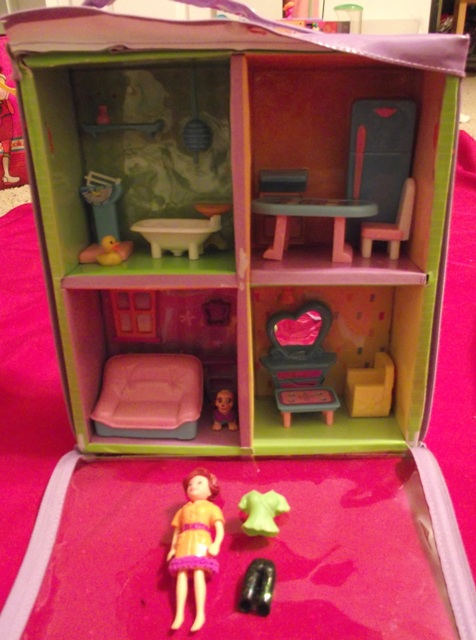 Polly Pocket Portable House with Polly Pocket Doll & Accessories