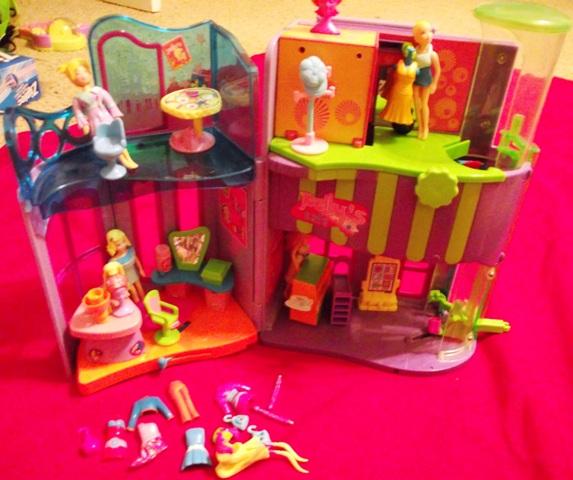 Polly Pocket 2-Level Mall