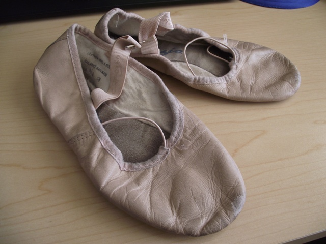 Pink Leather Ballet Slippers - Capezio Size 3 1/2 B