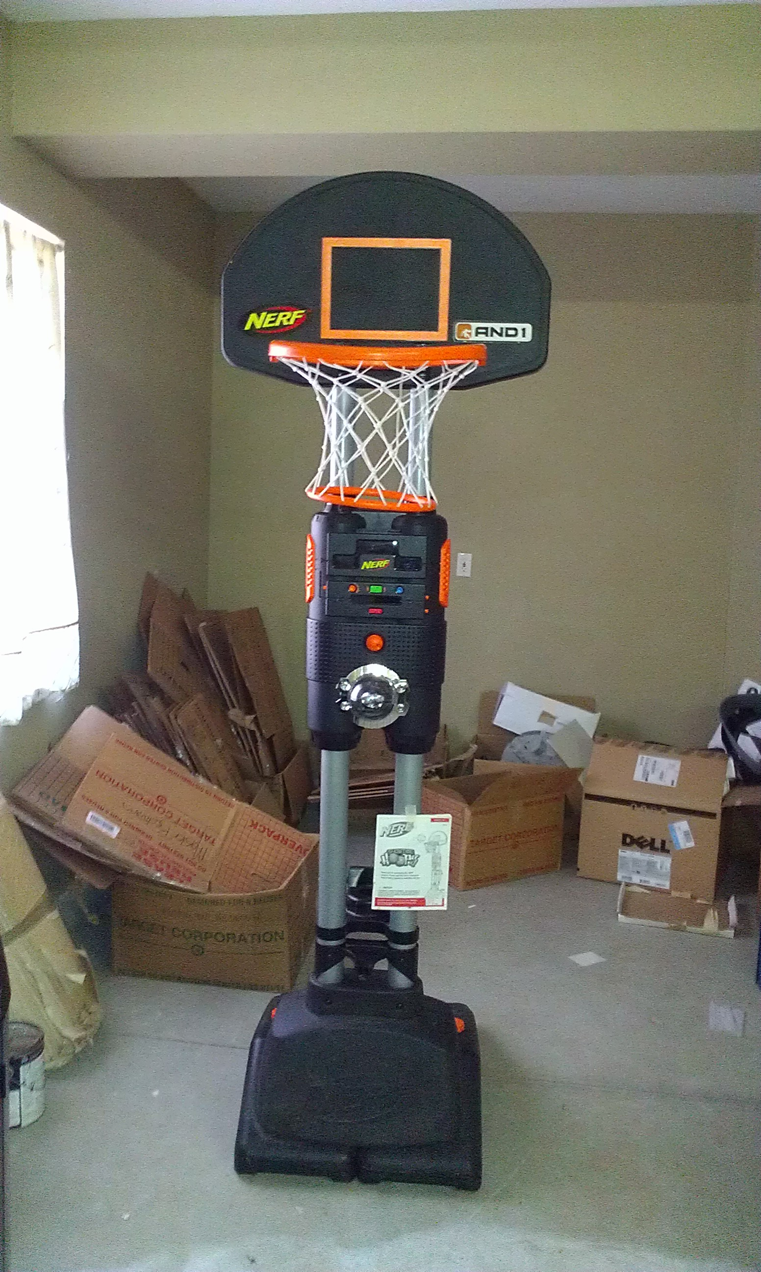 Nerf showtime hoops in buddy 39 s garage sale murrieta ca for Basketball hoop inside garage