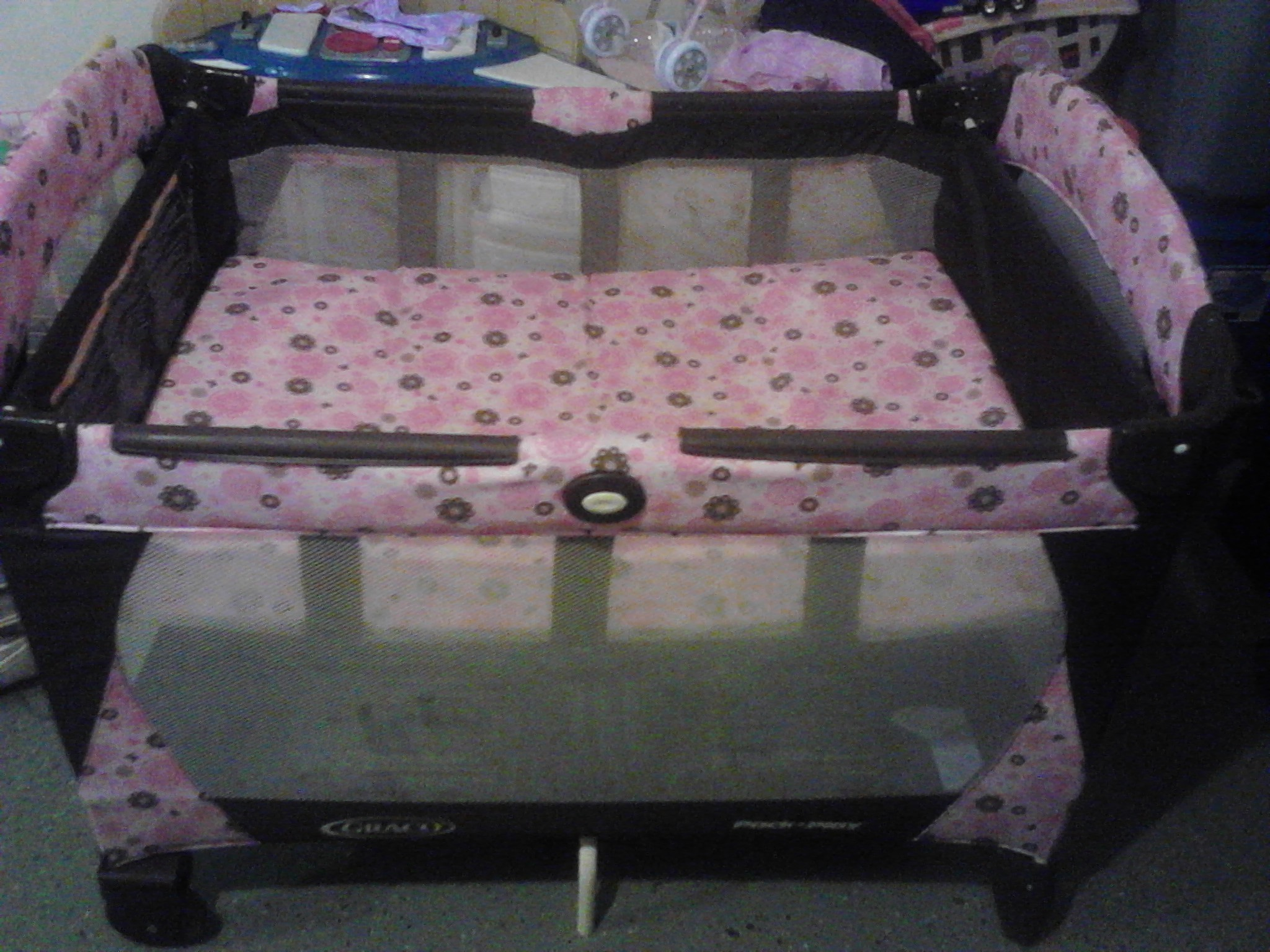 Pnk And Brown Pack N Play In Family Sale60181 S Garage