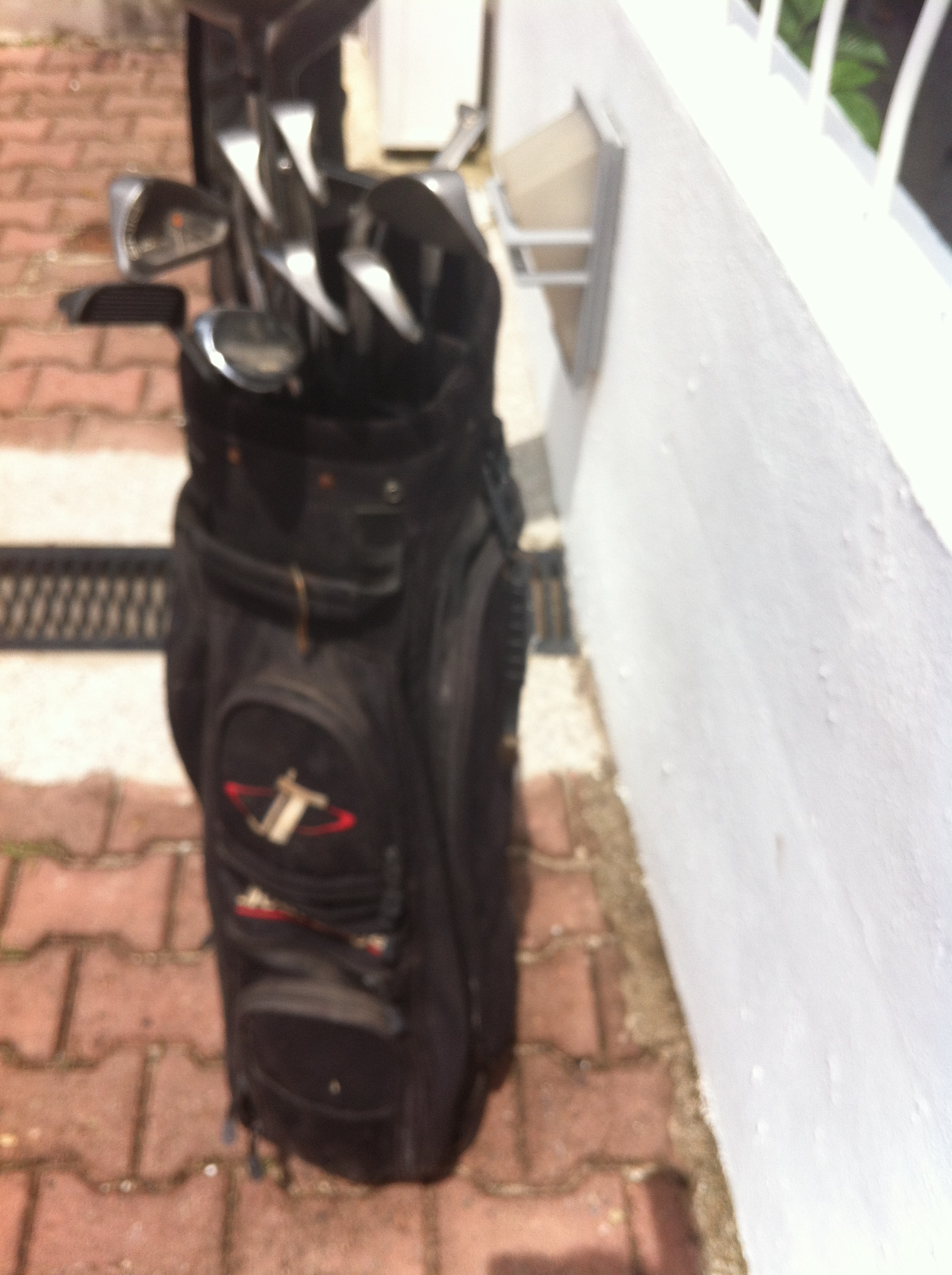 Left and Right handed Golf Clubs