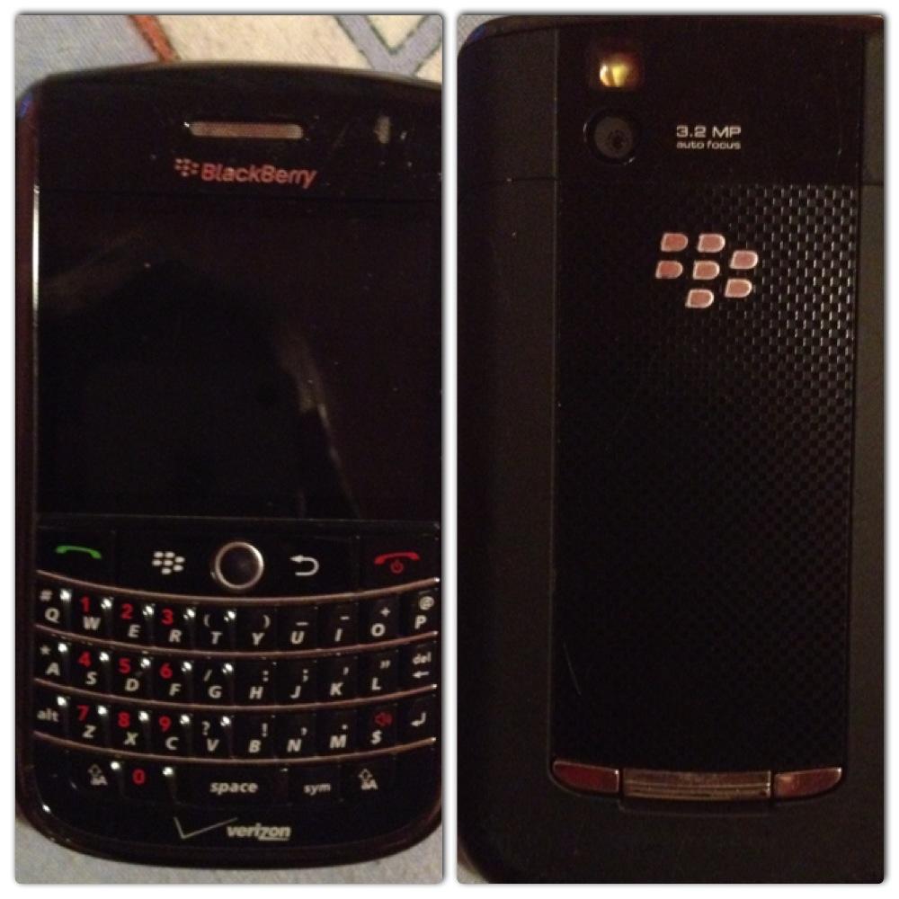 Blackberry Tour (Black)