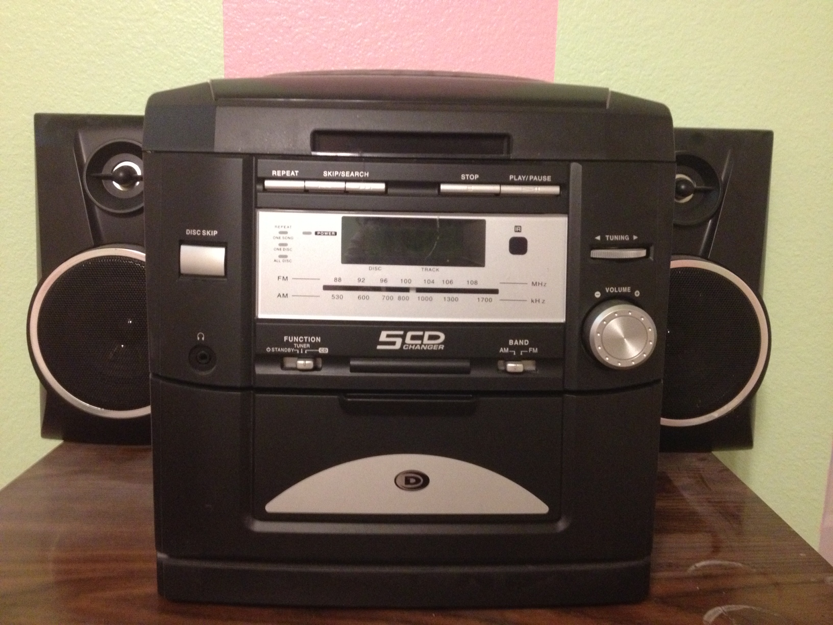 Radio and 5 Disc CD player