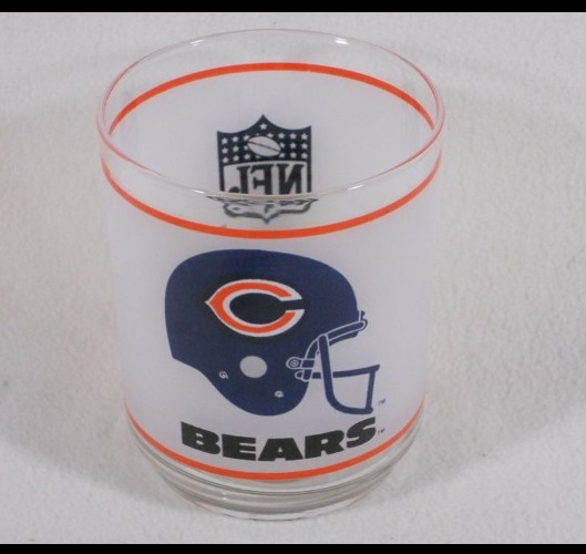 CHICAGO BEARS NFL Football Collectors Item (Mobil) frosted glass