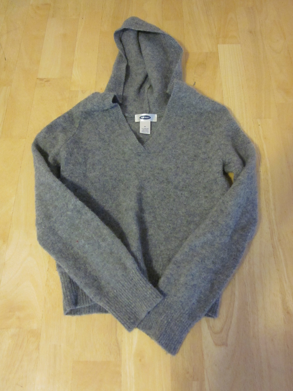 Old Navy Gray Hooded Sweater - Medium