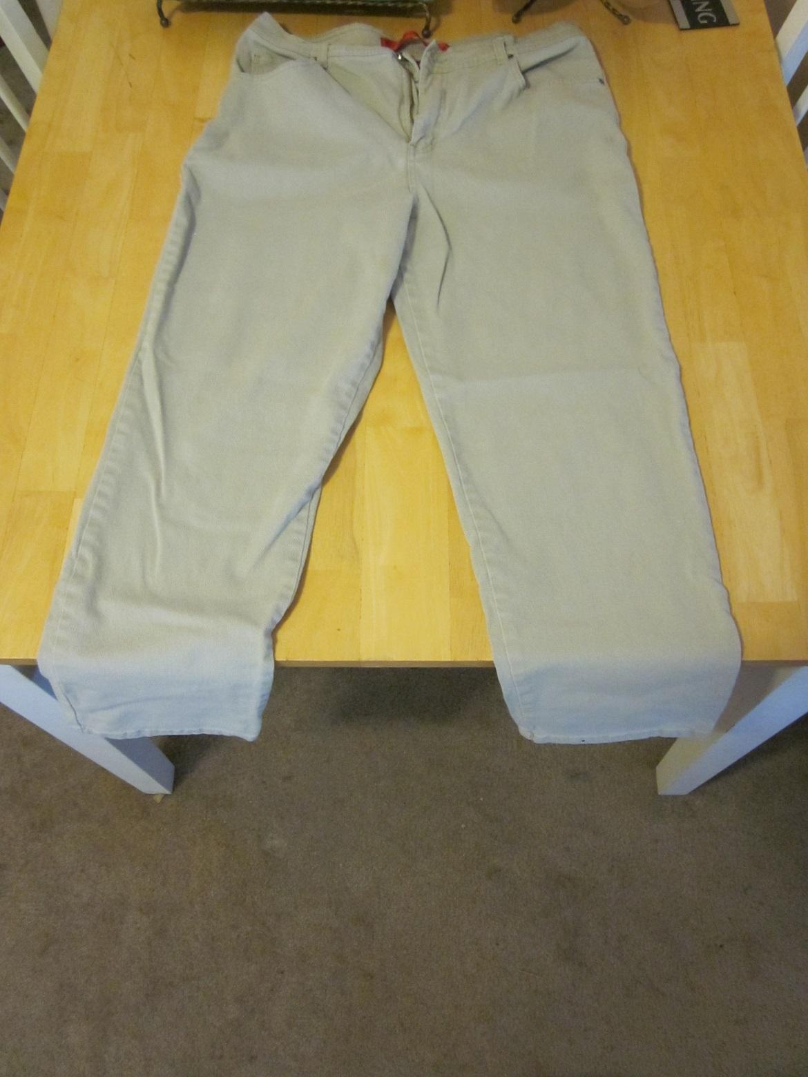 Gloria Vanderbilt Tan Jeans - 14 Short