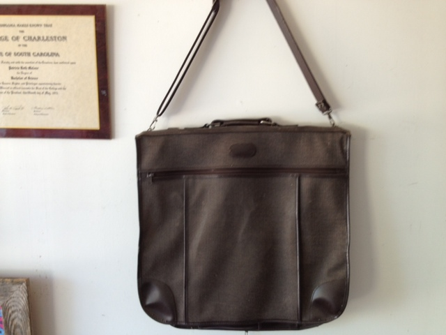 American tourista garment bag