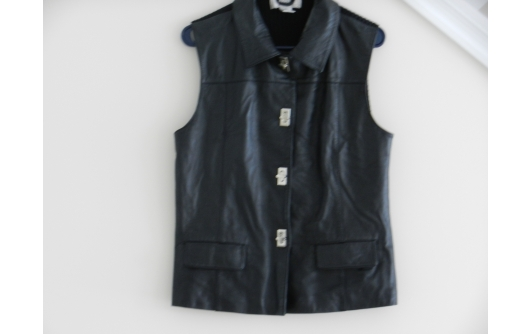 LADIES BLACK LEATHER VEST