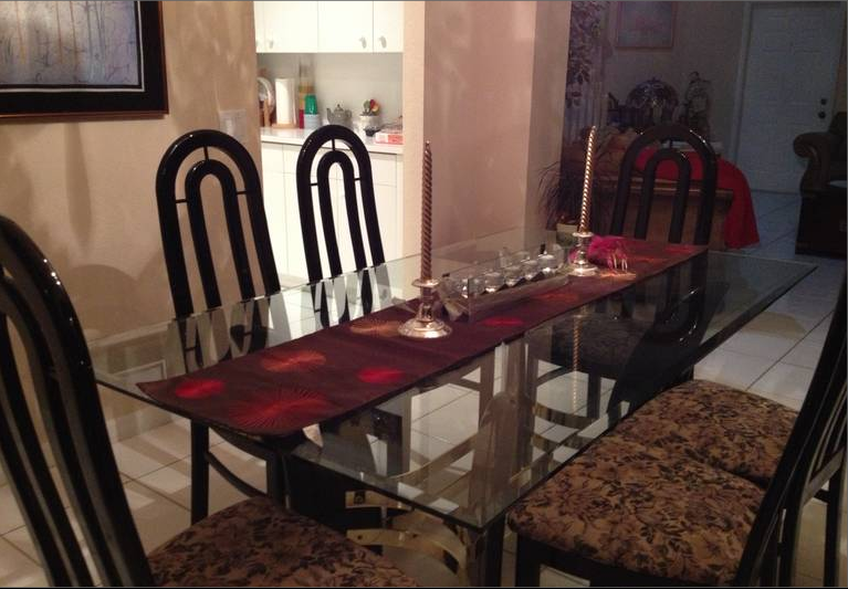Dining Table setting, includes 6 chairs