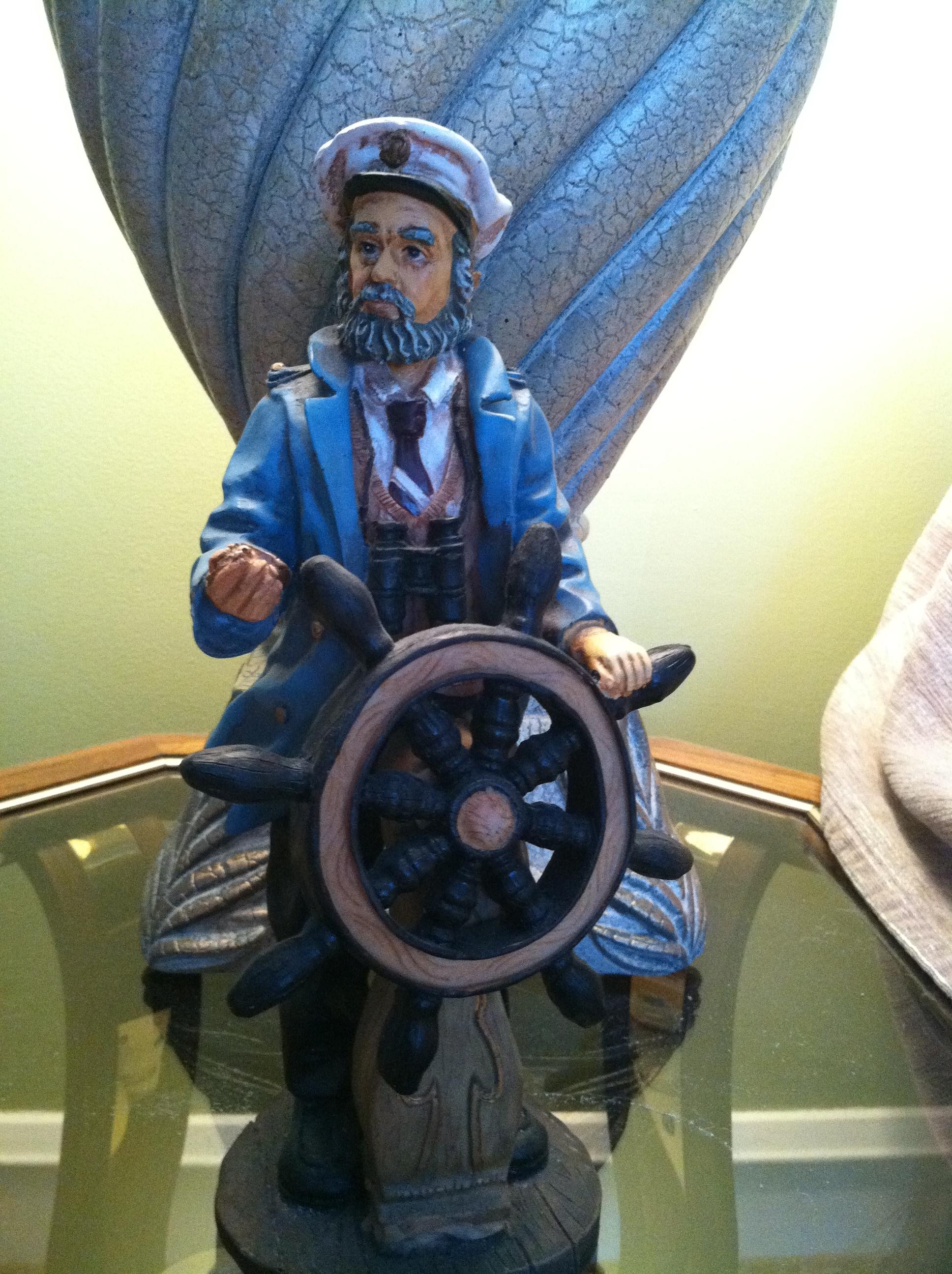 Captain Guiding Wheel