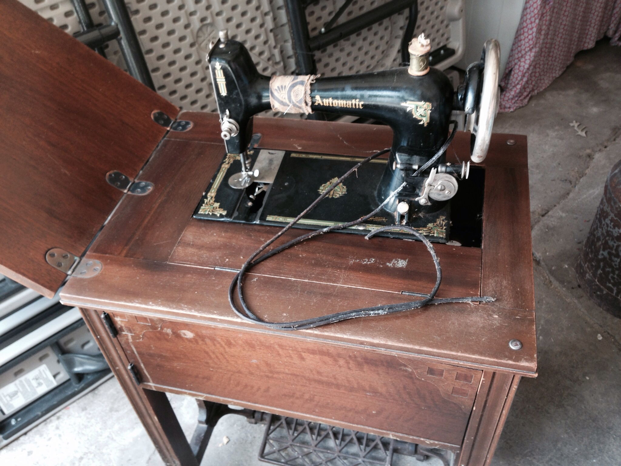 garage sale sewing machine