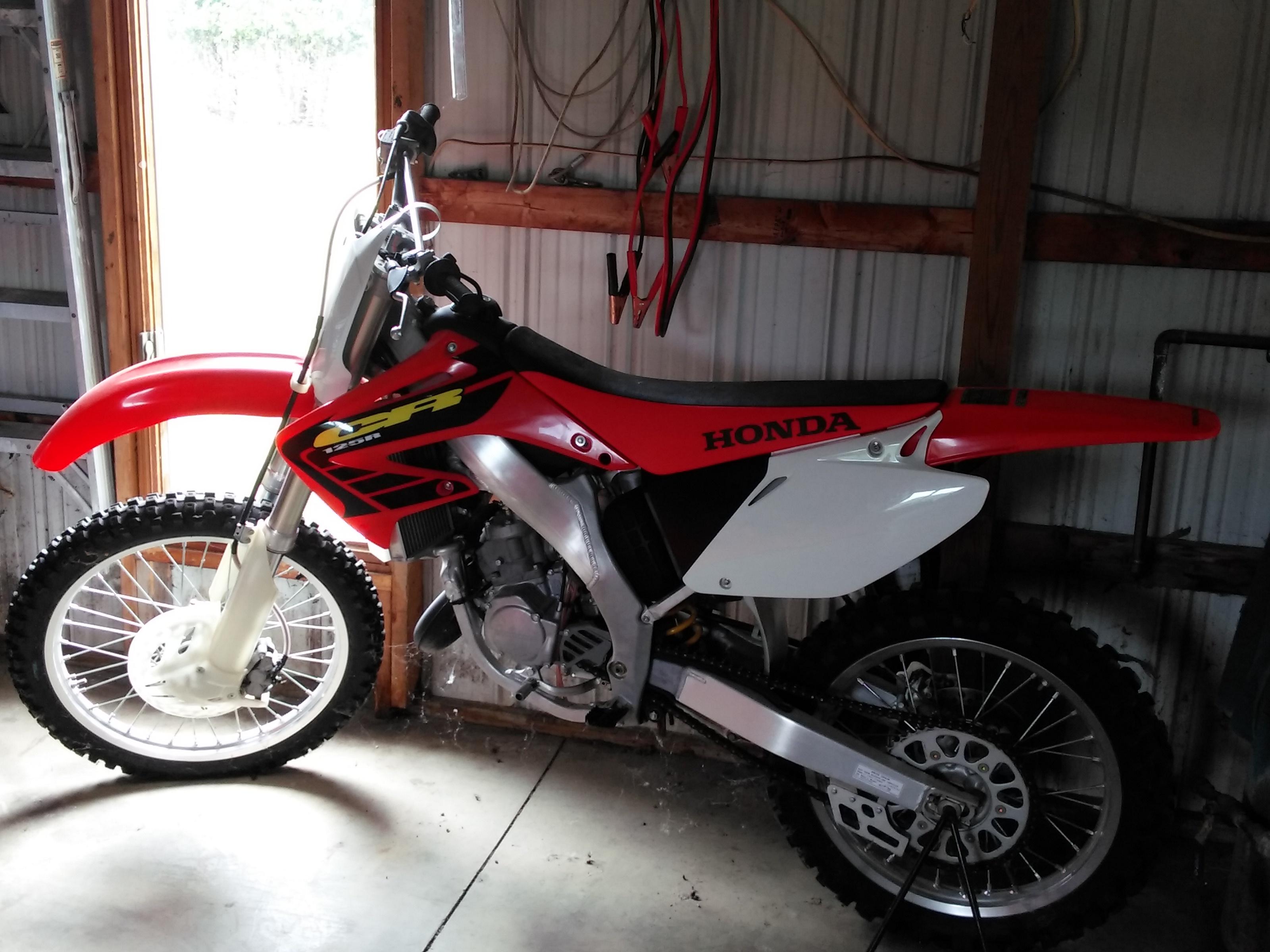 2002 Honda CR125 2 stroke Dirt Bike in okeley's Garage Sale wolcottville, IN