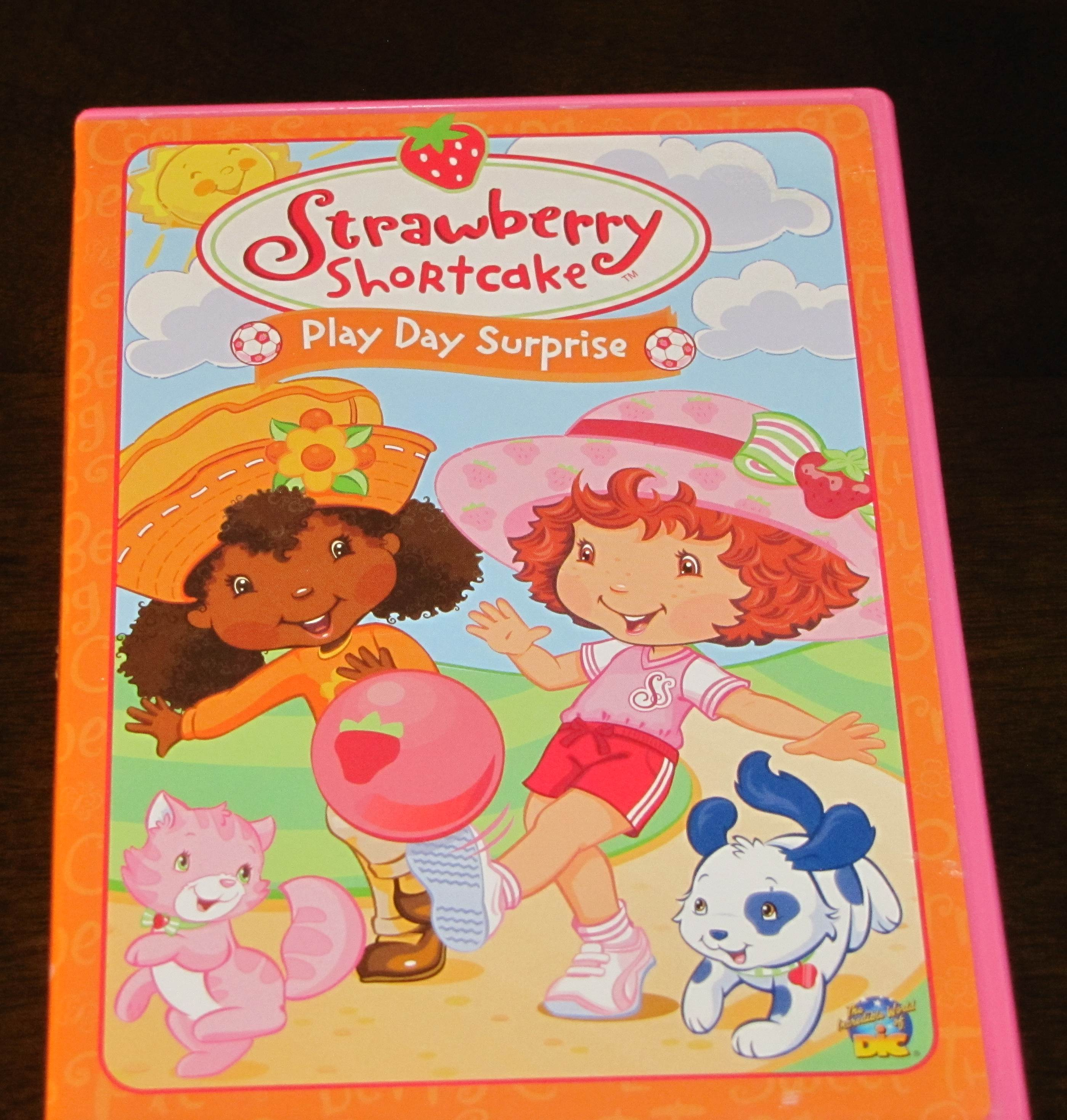 Strawberry Shortcake Play Day Surprise In Jimmersonlake S Garage Sale Angola In