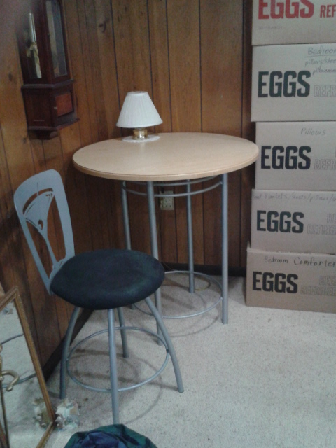 3 TALL STOOLS W/ TALL  ROUND MODERN TABLE  (table top just sits o