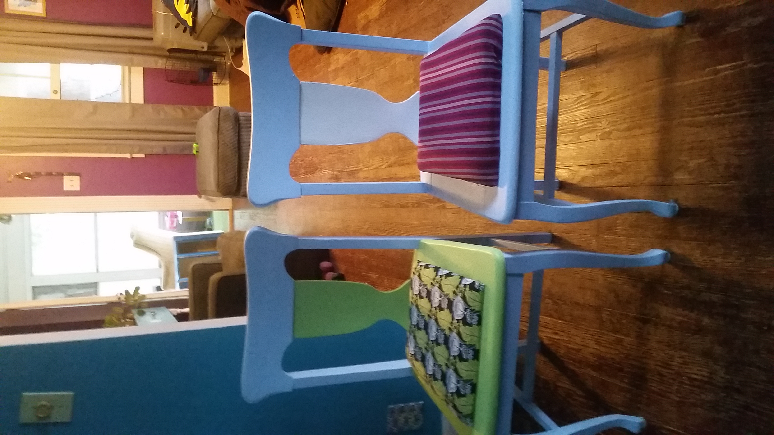 revamped light blue dining room chairs in shydogs 39 garage sale indianapolis in. Black Bedroom Furniture Sets. Home Design Ideas