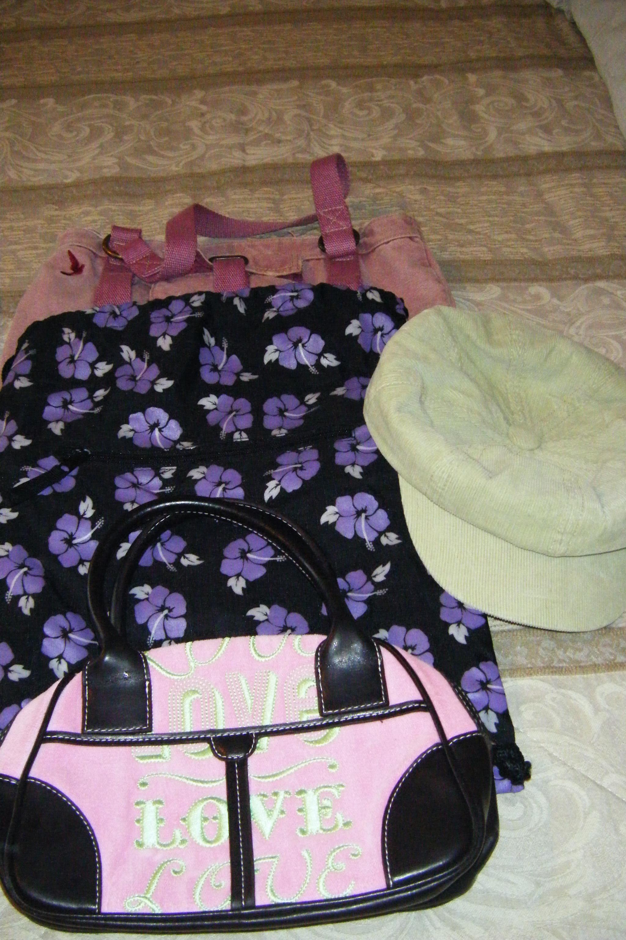Purses/Bag/Hat
