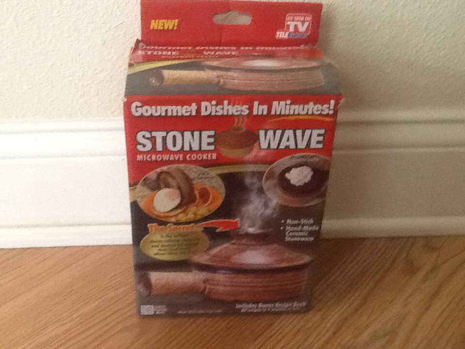 StoneWave Microwave Cooker Ceramic Stoneware New in Box