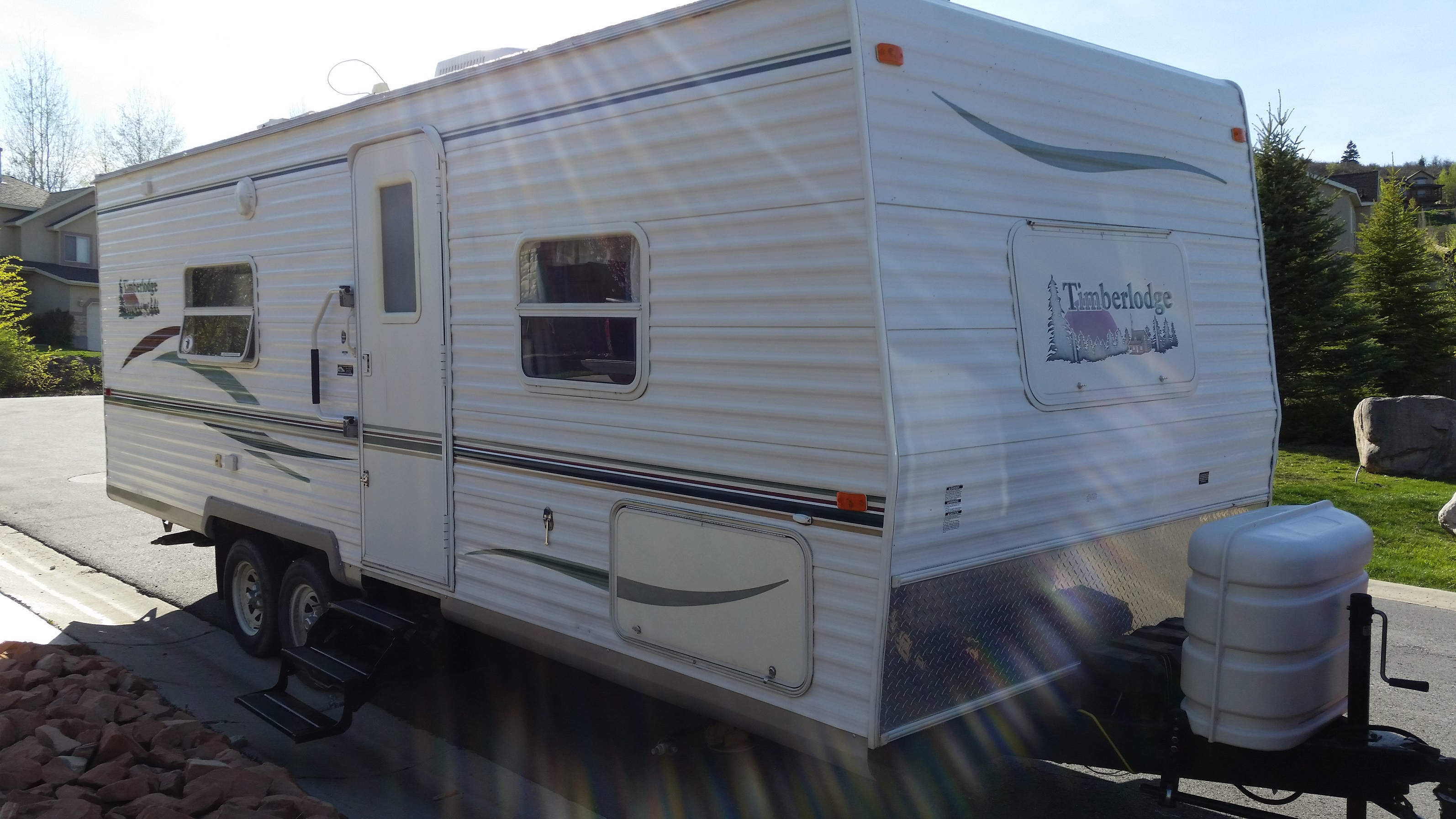 2003 Fleetwood 25' travel trailer