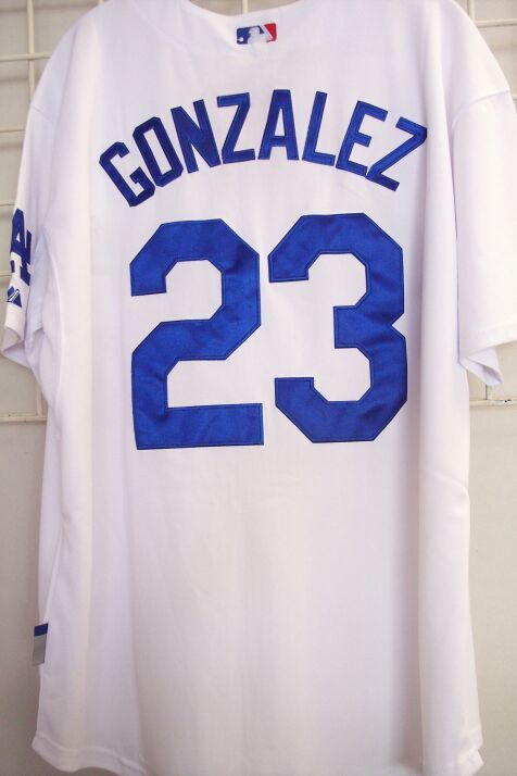 Throuback MBL Dodger LA #23 GONZALEZ White Jersey Size L or XL
