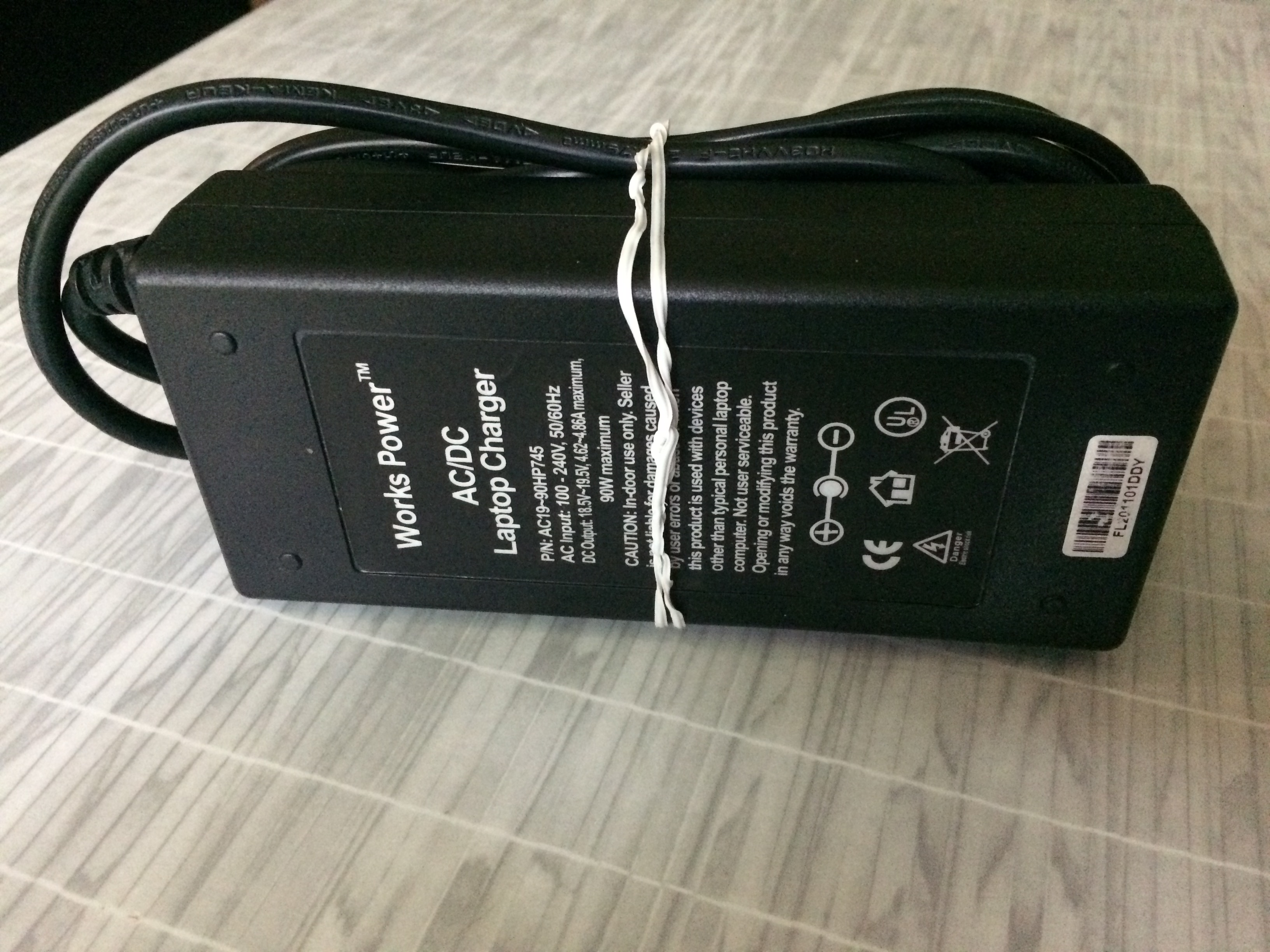 Works Power Laptop Charger