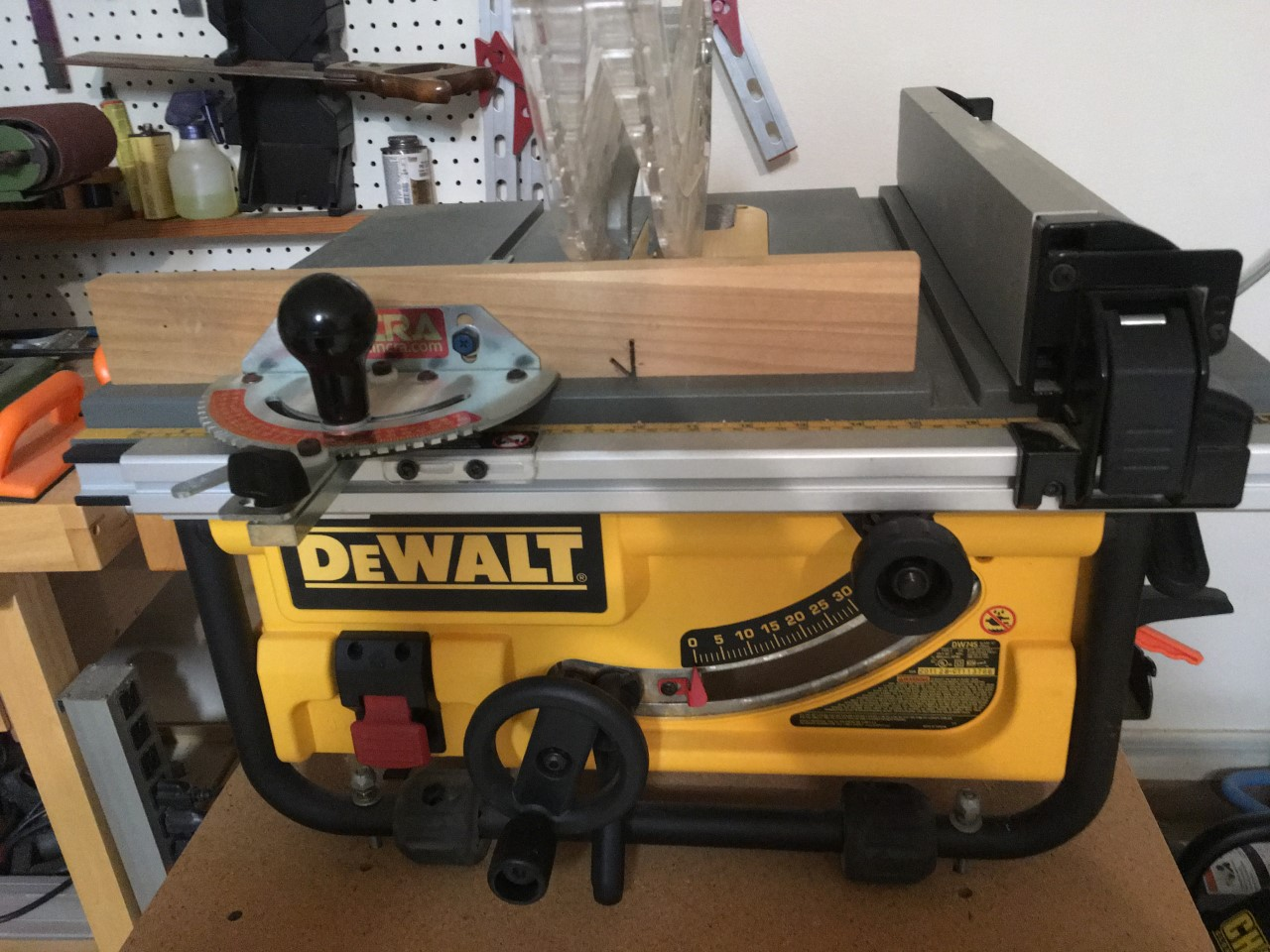"10"" DeWalt contractor table saw"