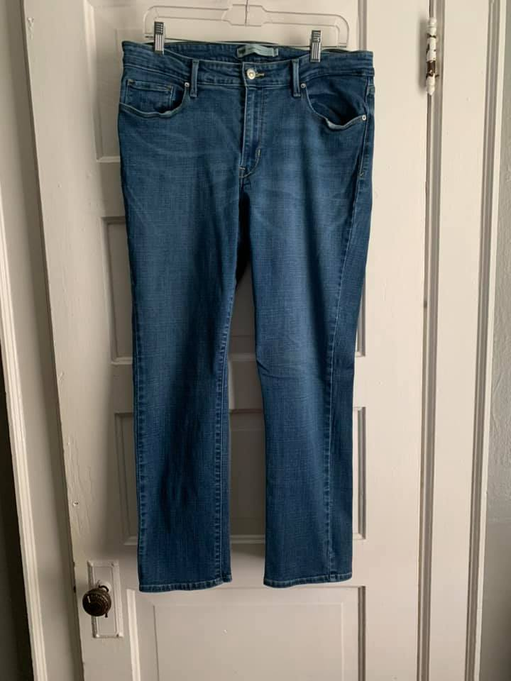 Levi's Size 16 Mid Rise Skinny Jeans