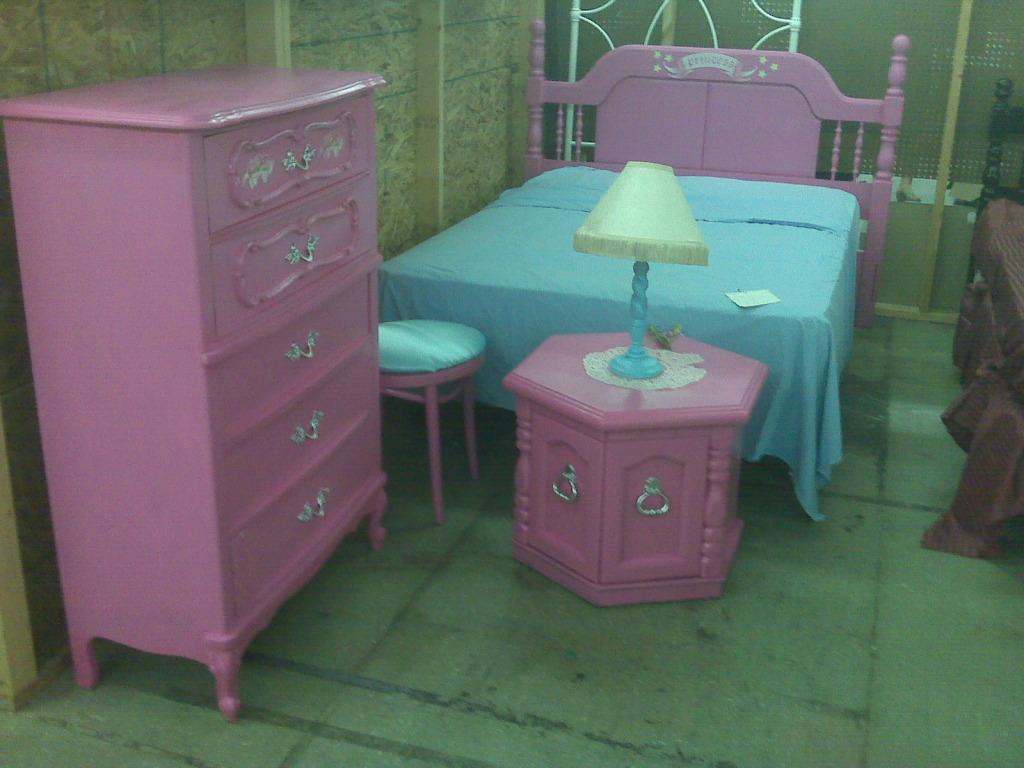 Think Pink Princess Bedroom Suite