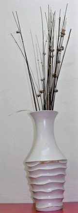 Vase with Sticks (016)