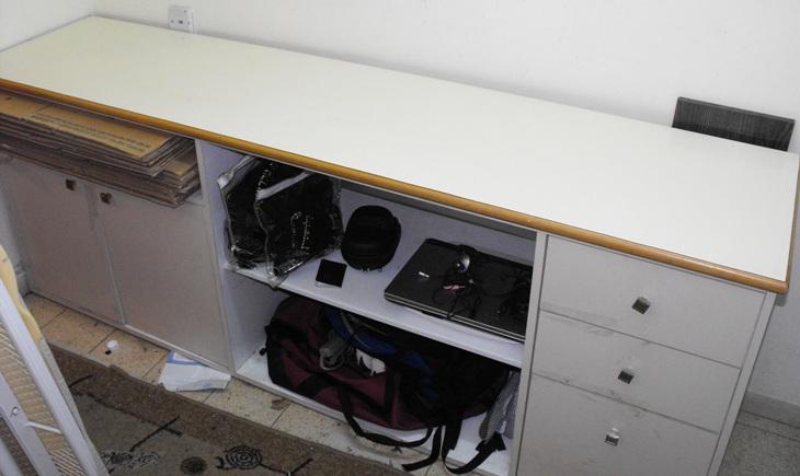 Credenza / Dresser (050)