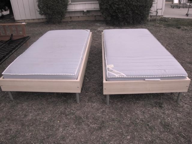 IKEA-Sultan Twin Bed