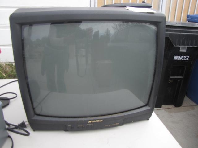 """22\"""" Sansui TV"""