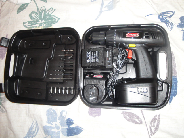 shopgoodwill.com - Coleman Powermate 4pc 18V Cordless Tool Set