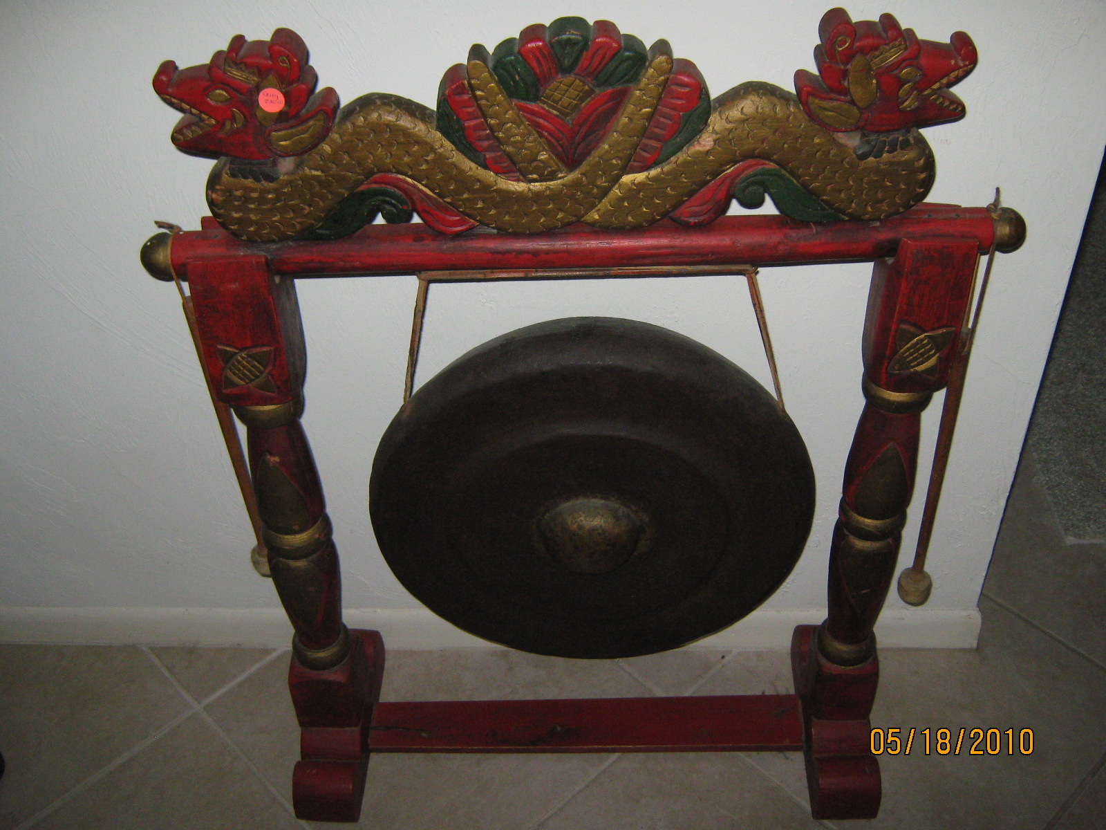 chinese gong in bunches 39 garage sale bonita springs fl. Black Bedroom Furniture Sets. Home Design Ideas