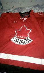 Autographed Derek Roy Team Canada jersey!!!