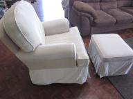 Newco Gliding Nursing chair + gliding ottoman