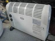 Compact forced air Space Heater 750/1500watts