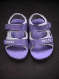 Purple infant crocs size 7/8