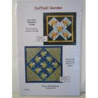 Daffodil Garden Quilt Wall hanging Pattern by Georgia Heller