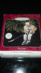Hallmark Ornament Mario Lemieux Hockey Greats collectors series