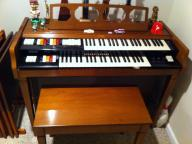 Conn upright electric organ