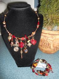 Beaded jeweled collar necklace & bracelet set