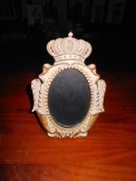 Small Gold Crown Frame